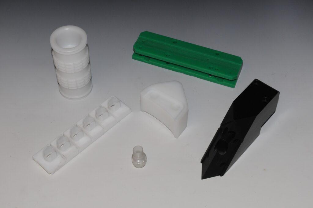 Tornitura e fresatura su materiali plastici - Milltech