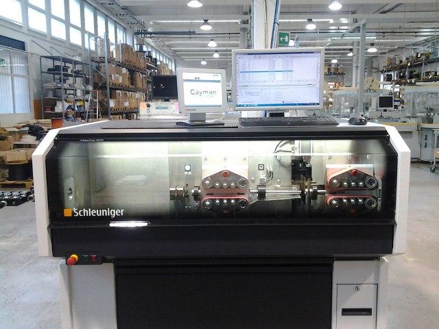 Schleuniger cutting stripping modular machine - Cablotech